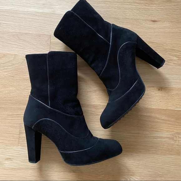 Tod's Black Suede Lulu Ankle Boots Sz 6.5